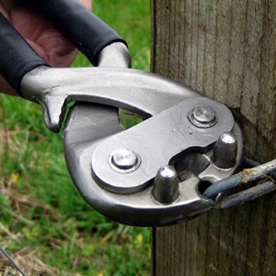 Staplemate Multi-Purpose Fencing Tool