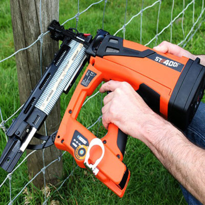ST400i Cordless Fence Post Stapler
