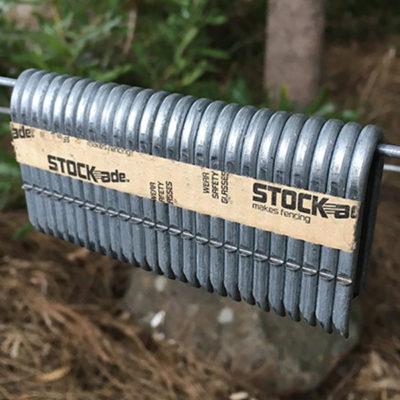 """ST400i 1.5"""" Staples"""